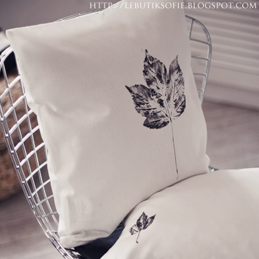 Let's stamp some pillowcases!